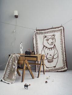 Circus bear blanket mocha by FabGoose
