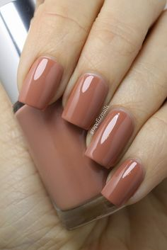 grape fizz nails: Clinique Shades Of Beige Nude Enamel Collection in Do Not Disturb