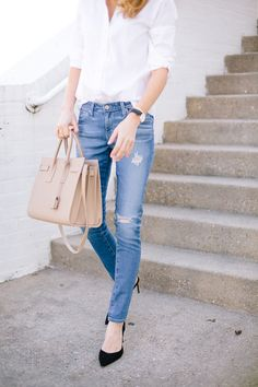 @krystalschlegel wearing The Legging Ankle - Chic, sophisticated, and classic!
