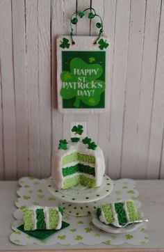 Miniature St. Patrick's Day Cake