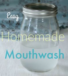 Simple Homemade Baking Soda Mouthwash How to make your own quick and easy homemade mouthwash w Baking Soda Face Scrub, Baking Soda For Hair, Baking Soda And Lemon, Baking Soda Shampoo, Baking Soda Uses, Coconut Oil Scrub, Coconut Oil For Skin, Beauty Blender, Homemade Mouthwash
