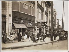 Southern Boulevard at 163rd Street in The Bronx,1913. (via the MCNY)