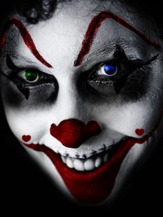 The Clown Grins Portrait Poses, Portrait Photography, Scary Photos, Lighting Setups, Halloween 2019, Travel Around The World, Horror Movies, Halloween Face Makeup, Instagram