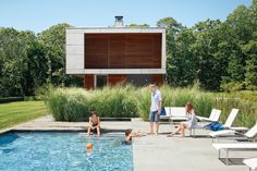 sustainable Prefab beach house retreat in Long Island