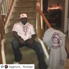#Repost @bigghurra_ with @repostapp.  AFTER A LONG FLIGHT FAMILY/ BUSINESS ALL IN ONE @BiggHurra_ #iAmHunnidGrand WE ONLY HAVE ONE LIFE FAMILY IS EVERYTHING NEVER FOR GET TIMES IS GETTING CRAZY HERE TODAY GONE TOMORROW SO PLEASE KEEP UR LOVE ONES CLOSEST PLEASE NOW UR MORE SUCCESSFUL THEN EVER  #HunnidGrandApparel #IronVestEntertainment THIS IS WORK #iphone6spluspicture #iphone6splusphoto #hgo #pgo by iamhunnidgrand Follow @cutephonecases: iPhone 6S Plus Photography http://ift.tt/1JPQ2G2 to…