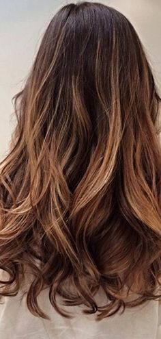 Hairbrush highlights: The latest ombre technique to get us *really* excited...