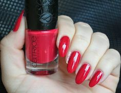 Catrice Roaring Red