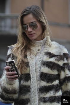On the Street……Piazza Oberdan Poncho Coat, Rich Girl, Sweater Jacket, Fur Coat, Cellular Level, Coats, Fashion Outfits, Street, Sweaters