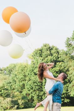 Balloon engagement shoot! Jessica Cooper Photography