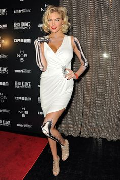 Kate Upton was a sexy skeleton for Heidi Klum's Halloween party in 2011.