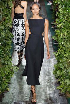 Valentino Fall 2014 Couture Fashion Show - Malaika Firth (OUI)
