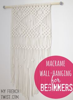 Wall hanging macrame diy beds 45 new Ideas Macrame Projects, Diy Projects, Diy Xmas, Macrame Wall Hanging Diy, Macrame Wall Hangings, Weaving Wall Hanging, Macrame Curtain, Hanging Wall Art, Macrame Design