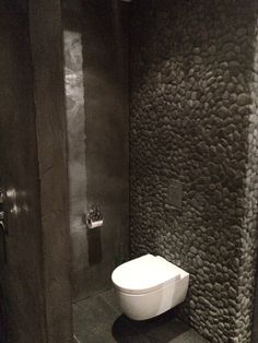 21 Suggestions of Restroom Remodels for Tiny Spaces You'll Want to Copy
