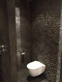 Toilet Beton Cire aangebracht door Beton Cire Centrum