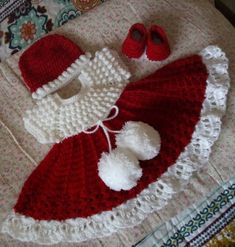Adorable Baby Dress outfit with hat and shoes, red and white. Adorable Baby Dress outfit with hat and shoes red and white. Crochet Baby Dress Pattern, Baby Girl Crochet, Crochet Patterns, Hat Crochet, Baby Outfits, Outfits With Hats, Knitting For Kids, Crochet For Kids, Baby Knitting