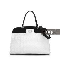 Ver en Shop Online: http://www.blaque.com.ar/es/93/3860/new-arrivals/cartera-de-cuero.aspx