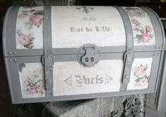 Paint Furniture, Furniture Makeover, Vintage Trunks, Creative Box, Decoupage Box, Vintage Suitcases, Painted Chairs, Wedding Boxes, Diy Box