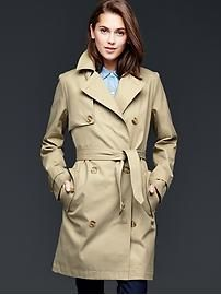 Kelly, Does Stitch Fix carry something like this? Classic trench