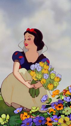 Lauren Graham as Snow White a/k/a Eve Preston-- (Snow White and the Seven Dates) #disney #snowwhite