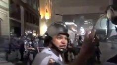 Un policía de Brasil se niega a reprimir una protesta y es expulsado por su superior #video - Cachicha.com