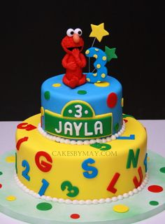 elmo cake- this picture has been on my phone a few months and Adayla is obsessed with it...there is no question she will get an Elmo cake for her birthday!