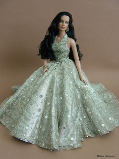 dolls with beautiful hair.