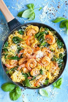 Shrimp Scampi Spaghetti Squash - Damn Delicious Everyone's favorite shrimp scampi with a low-carb, healthier alternative to pasta using spaghetti squash! It's still amazingly buttery and garlicky with half the calories! Shrimp And Squash Recipe, Shrimp Recipes, Chicken Recipes, Pasta Recipes, Cooking Recipes, Tasty Spaghetti Squash, Best Spaghetti Squash Recipes, Shrimp Spaghetti, Squash Pasta