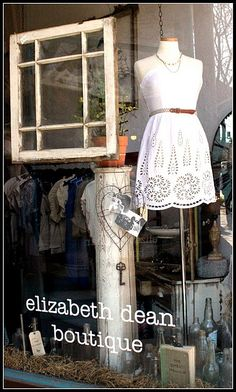 #boutique's window display!