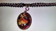 Samt Halsband, Necklace,Choker,Cabochon mit echten Blumen und Samt unter Glas, Vintage 39,95 Euro, Handarbeit made by szenenwelt auf Etsy
