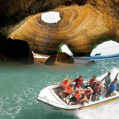 Benagil – the best way to discover the most beautiful caves