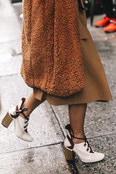 Street style New York Fashion Week, febrero 2017 © Diego Anciano