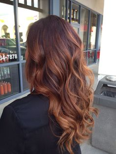 17 super Ideas for hair color ideas for brunettes auburn hairstyles – Balayage Haare Balayage Auburn, Balayage Hair Copper, Balayage Hair Blonde, Ombre Hair, Red Ombre, Bayalage Red, Wavy Hair, Red Brunette Hair, Red Hair For Brunettes