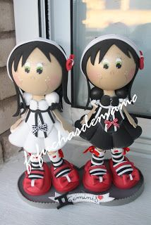 Las fofuchas de Mamá: Fofucha Zodiaco: Géminis Jewelry Display Stands, Jewellery Display, Handmade Crafts, Diy And Crafts, Clay Dolls, Foam Crafts, Beautiful Dolls, Fun Projects, Special Gifts