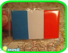 France Flag Scout SWAPS Girl Craft Kit - Swaps4Less