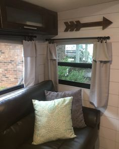 Best ideas for camping trailer remodel rv makeover curtains Rv Travel Trailers, Travel Trailer Remodel, Camper Trailers, Horse Trailers, Camper Hacks, Diy Camper, Rv Campers, Camper Life, Rv Life