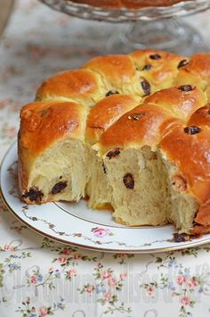 Soft Buns (Brioche) with Chocolate Chips Cube Steak Recipes, Donut Recipes, Gourmet Recipes, Bread Recipes, Sweet Recipes, Gourmet Foods, Sweet Cooking, Cooking Chef, Brioche Bread