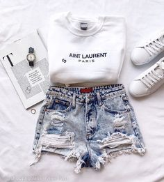 Trendy Outfits For Teens, Cute Teen Outfits, Teenage Girl Outfits, Cute Comfy Outfits, Teen Fashion Outfits, Short Outfits, Cute Teen Clothes, Teen Clothing, Summer Clothes For Teens