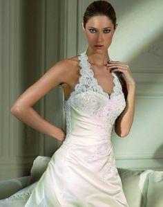 Neptuno - Kifutó modellek - Esküvői ruhák - Ananász Szalon - esküvői, menyasszonyi és alkalmi ruhaszalon Budapesten