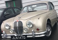 Wedding Car services, all couples and all ceremonies. Competitive rates with no hidden charges. No additional mileage or time over run fees. Multiple photo opportunities with your Jaguar Wedding Car and a friendly accommodating can do attitude. Customer Service Experience, Wedding Cars, On Your Wedding Day, Jaguar, Nct, 1960s, Attitude, Classic Cars, Couples