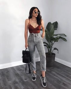 52 Teenager Outfits To Copy Right Now - Page 2 of 5 - Stylish Bunny Cute Casual Outfits, Stylish Outfits, Cute Pants Outfits, Simple Outfits, Vetement Fashion, Teenager Outfits, Mode Outfits, 20s Outfits, Dress Up Outfits