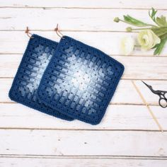 Granny Grooves - Mix - Potholders from Crochet Kitchen, Crochet Home, Knit Or Crochet, Crochet Baby, Potholder Patterns, Crochet Potholders, Knitting Patterns, Crochet Patterns, Cordon En Cuir