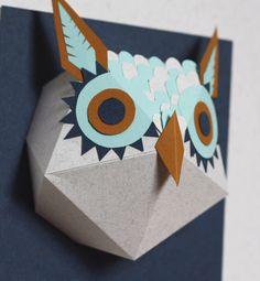 Handmade paper owl by mlle hipolyte on etsy ★ Epinglé par le site de fournitures de loisirs créatifs Do It Yourself https://la-petite-epicerie.fr/fr/253-papiers ★