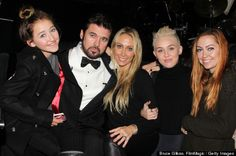 Miley Cyrus and Her Family | Miley Cyrus' Family Celebrates Her Upcoming 20th Birthday (PHOTO)