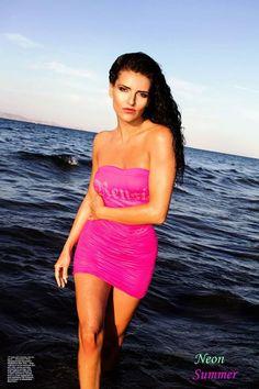 Kupujeme šatočky kraťásky, tričkáá..., Leto je už tu. Slnko more plážeee. No chystáme sa baby, chceme byť predsa najkrajšejšie :))