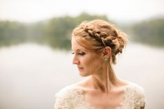 A beautiful bridal braid updo look for the perfect wedding. We love her natural bridal makeup! Discover how Vênsette can craft custom beauty looks for your special moment: http://vensette.com/bridal_inquiries