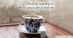 Imágenes de buenos días Buenos Dias Quotes, Tea Cups, Tableware, Good Morning Friday, Good Morning Saturday, Good Morning Love, Dinnerware, Tablewares, Dishes