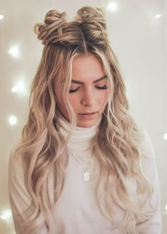 French braided space buns (w/ tutorial) French braided space buns (. - French braided space buns (w/ tutorial) French braided space buns (w/ tutorial) - Loose Bun Hairstyles, Two Buns Hairstyle, Prom Hairstyles For Short Hair, Holiday Hairstyles, Trending Hairstyles, Hairstyles For School, Hairstyles Videos, Creative Hairstyles, Formal Hairstyles