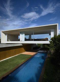 The Osler House by Marcio Kogan