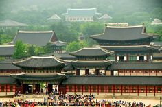 the palaces (경북궁)