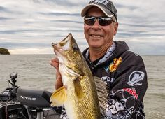 Get all the buzz on angling and fishing in the Midwest. Get tips and tricks about your favorite species and where to find it. Walleye Fishing, Bass Fishing, Master Angler, Fishing Tips, Fishing Stuff, Fish Information, Sunrise Colors, The Bait, Deep Water